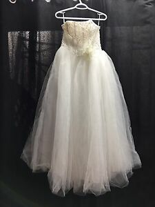 Wedding dress blow out.  Kitchener / Waterloo Kitchener Area image 7