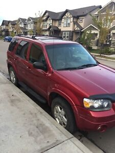 Ford Escape 2007 Fully loaded SALVAGE