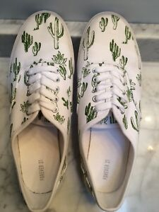Cactus Print Shoes (Brand New)