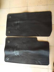 VF GENUINE COMMODORE WAGON SET OF 3 FLOOR MATS IN BLACK Morisset Lake Macquarie Area Preview
