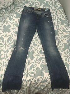 Size 26 GUESS Jeans