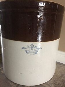 Antique crockpot