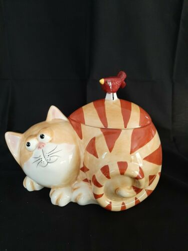 ORANGE STRIPED TABBY LAYING DOWN COOKIE JAR - RED BIRD IS HANDLE ON LID - RARE