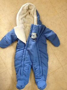 Winter snow suits/ car seat covers/ baby car seat sleeping bag
