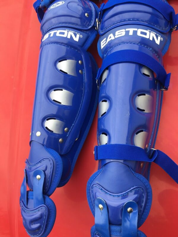 Easton Catcher shin guards NWOT  (INT. AGES 12-15)