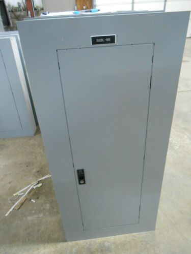 GE 225 AMP 3 PHASE 42 CIRCUIT MAIN LUG PANEL