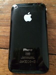 iPhone 3 very good condition Yokine Stirling Area Preview
