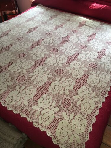 """Very Nice Antique Hand Crochet Tablecloth With Roses 62"""" by 55"""" Bedspread"""