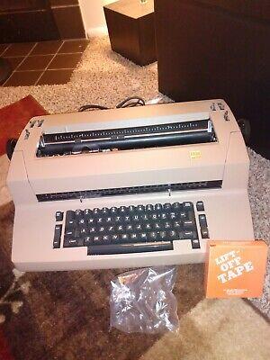 Ibm Selectric Ii Electric Correcting Typewriter. Tested And Working.