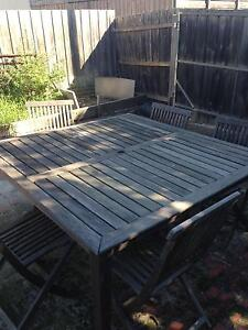 Wooden outdoor table and x5 chairs Caulfield North Glen Eira Area Preview