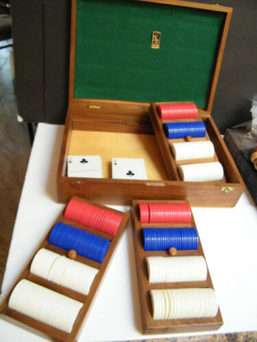 POKER Lg Vintage DRUEKE Poker Set Oak Storage Box & Lid w Pull out Racks + Chips
