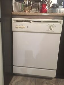 GE dishwasher perfect condition lave-vaisselle $50 VMR