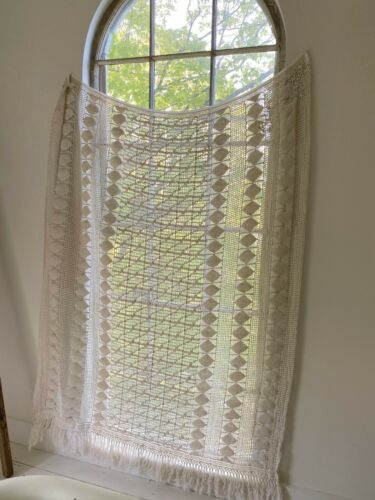 Curtain Crochet Lace Coverlet Vintage French hand-made or textile  shabby chic