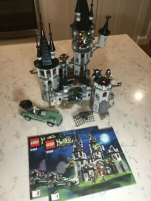 LEGO 9468 Vampyre Castle 100% complete w/ instructions. Clean & Excellent!!