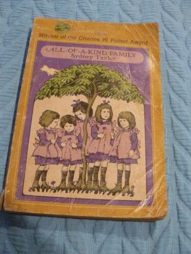 ALL-OF-A-KIND FAMILY BY SYDNEY TAYLOR (1966,PB) WINNER -CHARLES W. FOLLETT AWARD