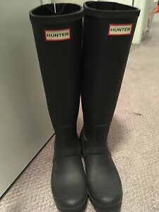 Ladies Hunter Boots size 8