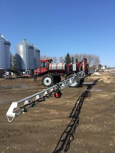 Case SPX2130 Sprayer
