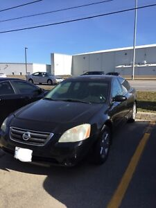 2003 Nissan Altima very clean