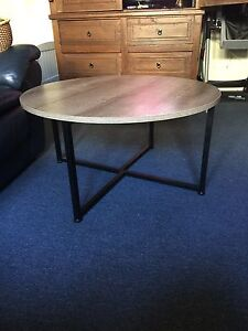 Coffee Table Cooks Hill Newcastle Area Preview