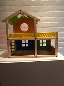 Hape AG Dollhouse