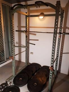 157.5kg g2 bumper plates 20kg olympic bar powertec cage bench