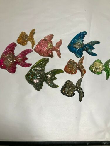 Set of 8 Fish  Resin Plastic Colorful Wall Decorations Vintage
