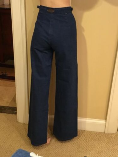 VTG 70's Levi Denim Bell Bottom High Waist Metal Logo tab back Jeans A