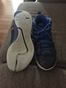 Boys Under Armour sneakers size 7