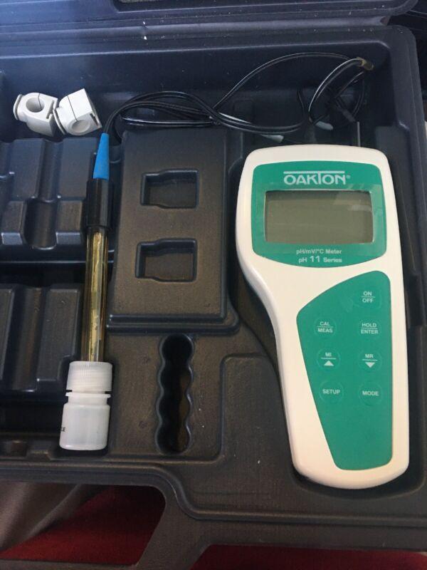 Oakton pH 11 Meter Kit Model # 35614-80