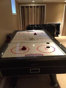 JETT AIR HOCKEY TABLE