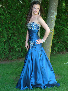 Prom dress worn only once