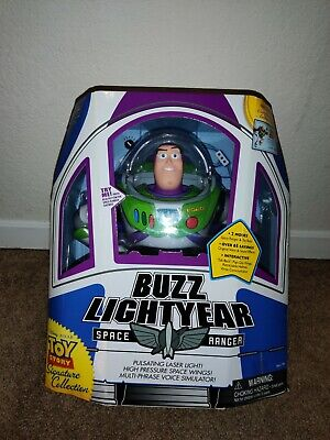 Buzz Lightyear - Toy Story Signature Collection