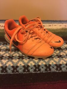 Outdoor Soccer Shoes Size 1  Nike