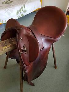 Bates Kimberley Stock Saddle - excellent condition Caboolture Caboolture Area Preview