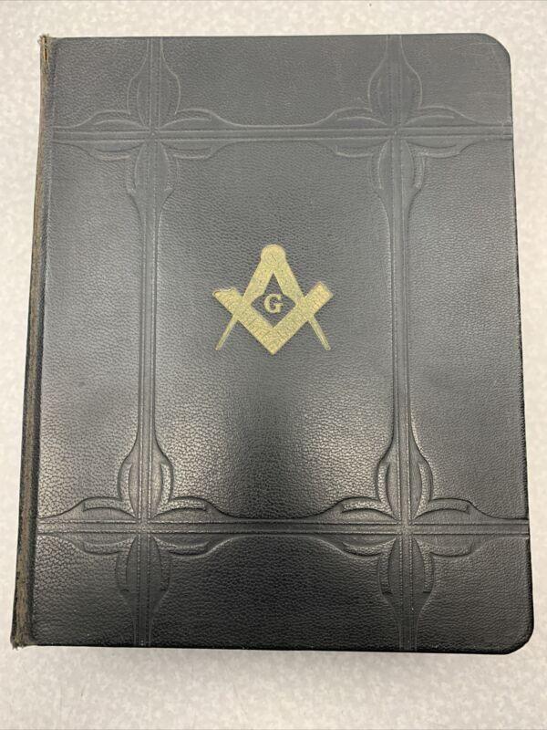 HOLY BIBLE MASONIC EDITION 1931 FREE MASON TEMPLE ILLUSTRATED Antique LG RR62