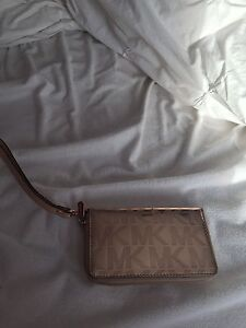 Micheal Kors purse and wallet  Peterborough Peterborough Area image 3