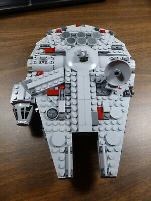 LEGO Star Wars Midi-scale Millennium Falcon (7778)