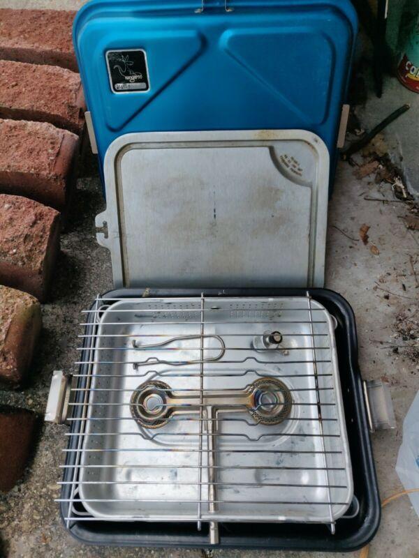 Vintage Kangaroo Portable Kitchen Camp Stove Combo Grill / Smoker