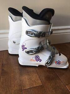 Bottes ski alpin 22-22,5 ski boots