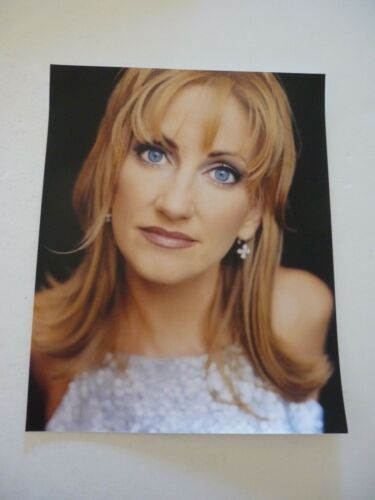 Leeann Womack Country Music Singer 8x10 Color Promo Photo