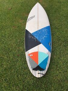 Diverse surfboard