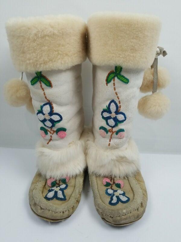 CREE Beaded Hide Fur Trim Indian Pom Pom Tall Moccasins Mukluks Size 6.5