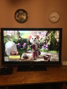 LG flat screen 42' inch Tv