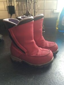 Lands End All Weather boots size 8