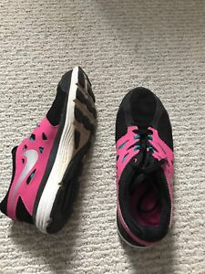 Name brand women's running shoes