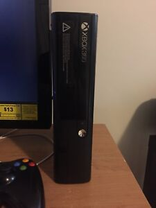 XBOX 360 FOR SALE. 2 controllers and 7games