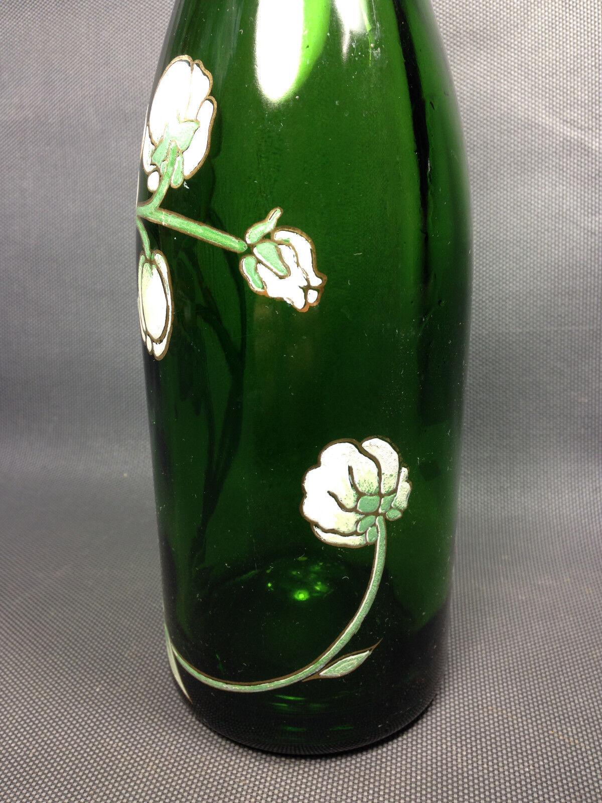 Ancienne bouteille de vin ou champagne  en verre émaillé de bistrot déco fleurs