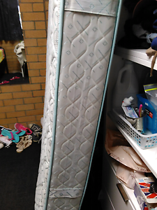 king single mattress Waratah West Newcastle Area Preview
