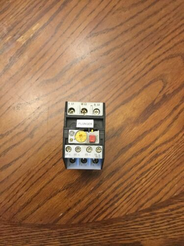 GENERAL ELECTRIC GE CR7XY3 OVERLOAD RELAY