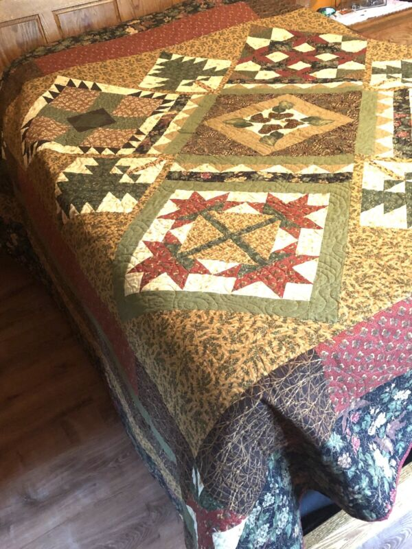 Queen Size Handmade Cabin Quilt, Quilted Cabin Bedroom Decor, Rustic Colors
